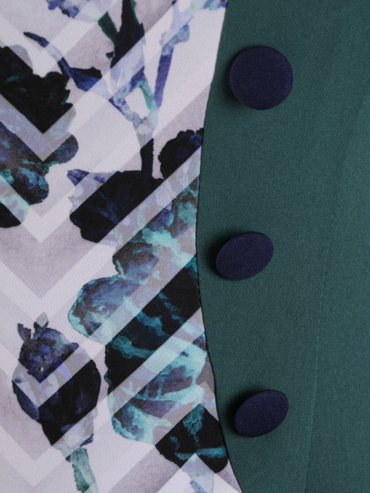 Sukienka wyszczuplająca, jesienna kreacja z tkaniny 21880.