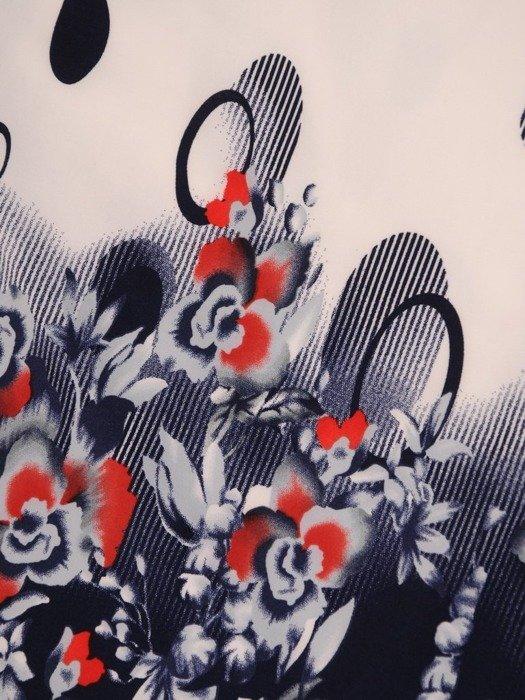 Bluzka z tkaniny o ciekawym wzorze 25167