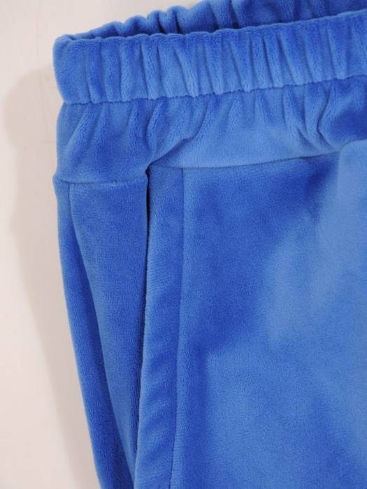 Chabrowy dres welurowy, komplet z zapinaną bluzą z kapturem 29760