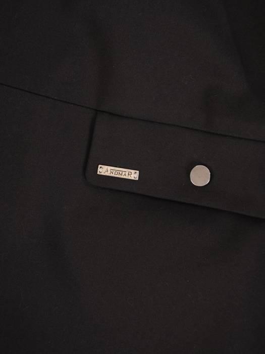 Czarna  kurtka damska z ozdobnymi napami 29074