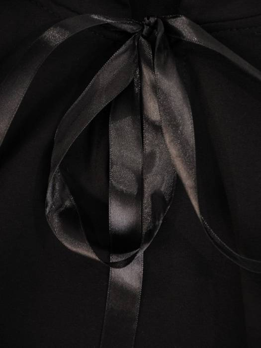 Czarna tunika z ozdobną falbaną z tiulu 29458