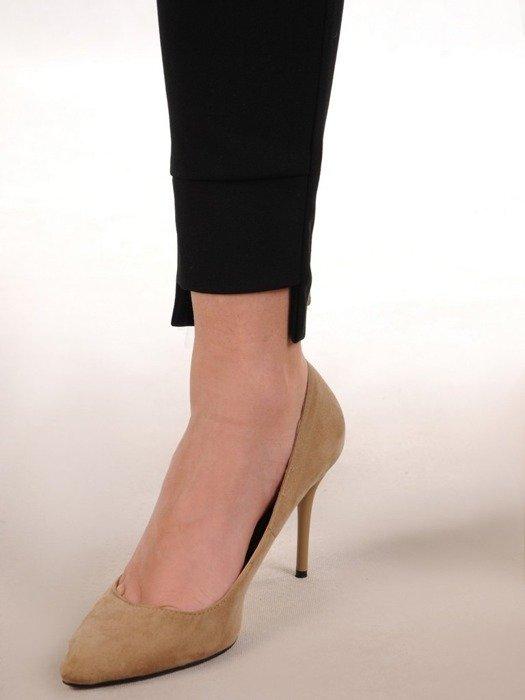 Czarne, wyszczuplające spodnie 25836
