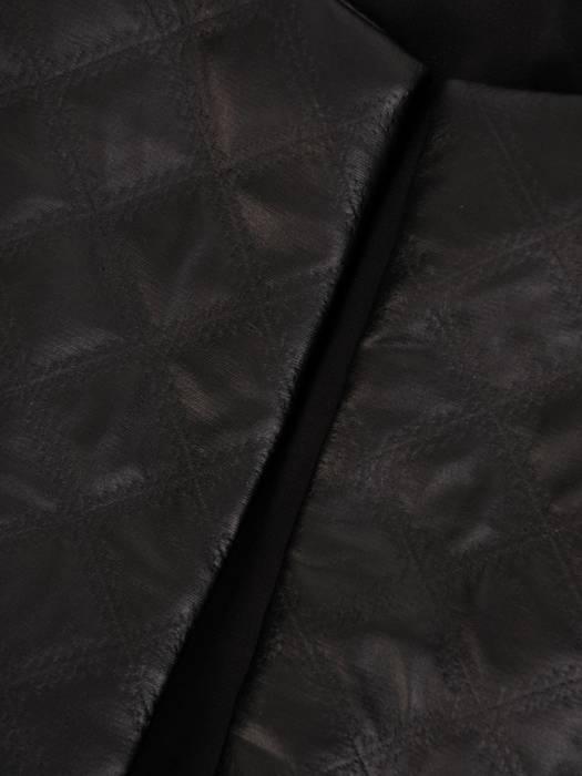 Czarny żakiet damski pikowany  z eko skóry 27947