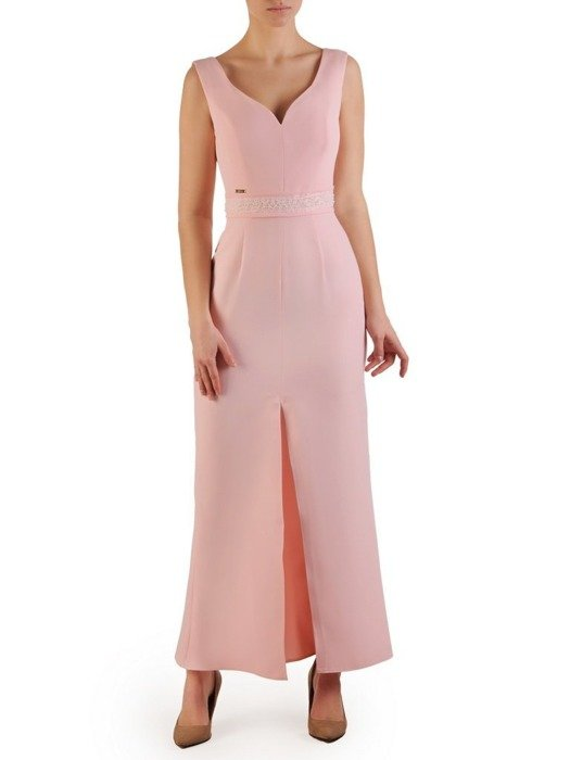 Długa sukienka pastelowa, kreacja z ozdobą w pasie 25122