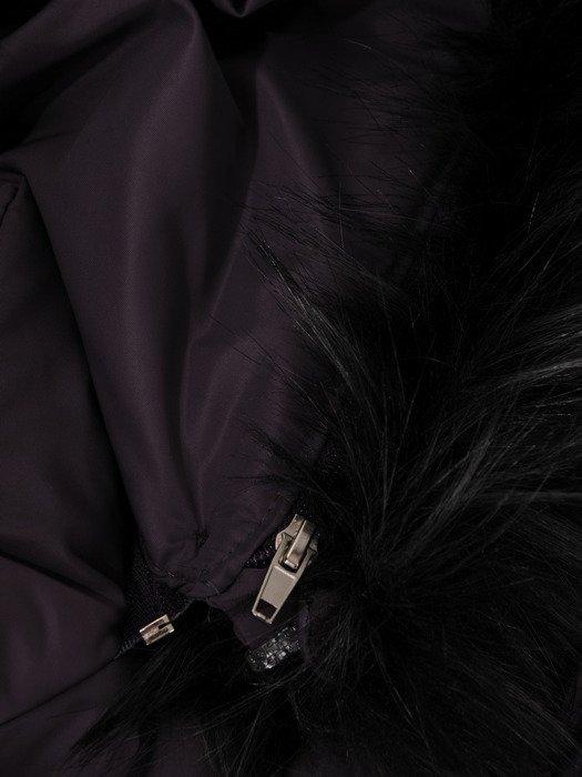 Długi płaszcz z pikowanej tkaniny 18689.