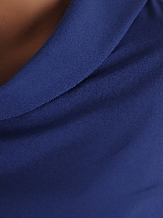 Elegancka bluzka z plisowanymi wstawkami 19898