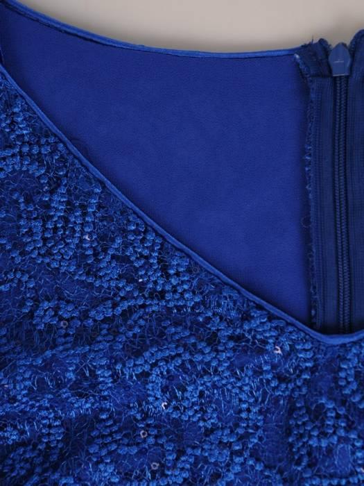 Elegancka, maksi sukienka z ozdobną koronkową górą 29113