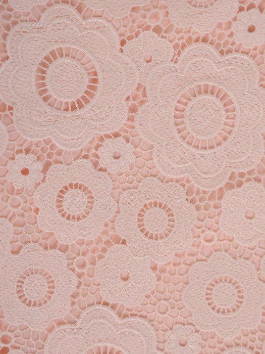 Elegancka sukienka z nowoczesnej gipiury, wizytowa kreacja w pudrowym kolorze 19848