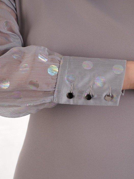 Elegancka sukienka z półgolfem, kreacja w modnym fasonie 25034