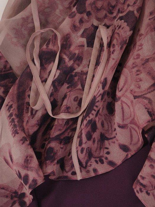 Elegancka, szyfonowa sukienka z żabotem 17423.