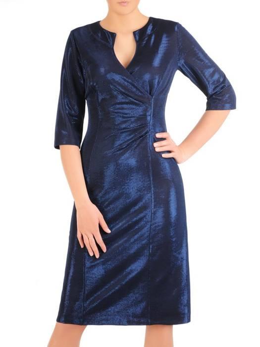 Granatowa, połyskująca sukienka z ozdobnie wyciętym dekoltem 29882
