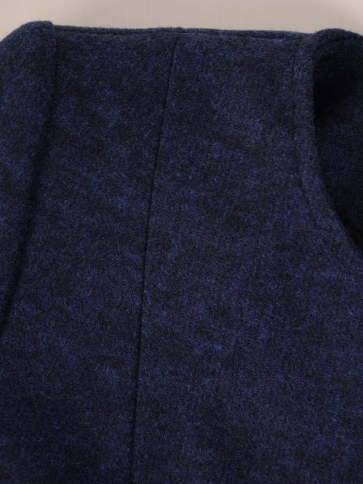 Granatowy żakiet z dzianiny 27355
