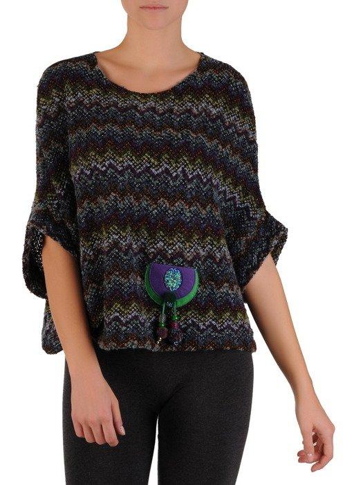 Kimonowy sweter z efektowną aplikacją 18553.