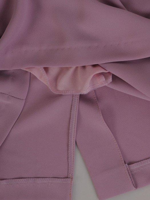 Liliowa sukienka z szerokimi, koronkowymi rękawami 20009
