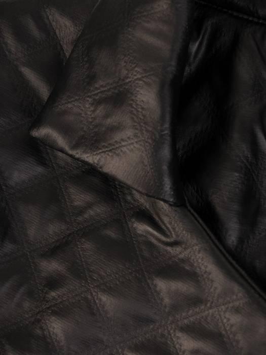 Luźne wdzianko damskie z pikowanej eko skóry 28600