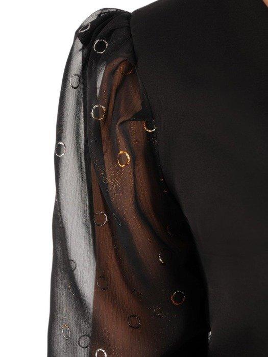 Mała czarna, kreacja z szyfonowymi, bufiastymi rękawami 24550