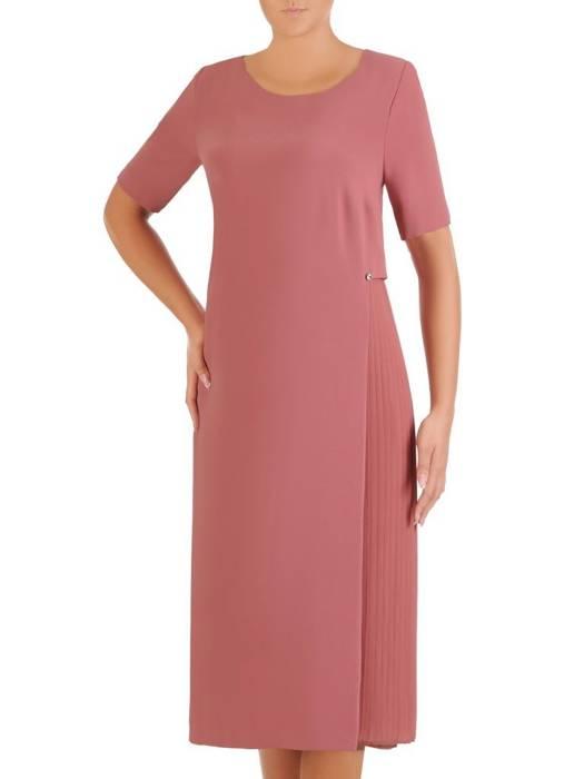 Prosta łososiowa sukienka z ozdobną plisowaną wstawką 27308