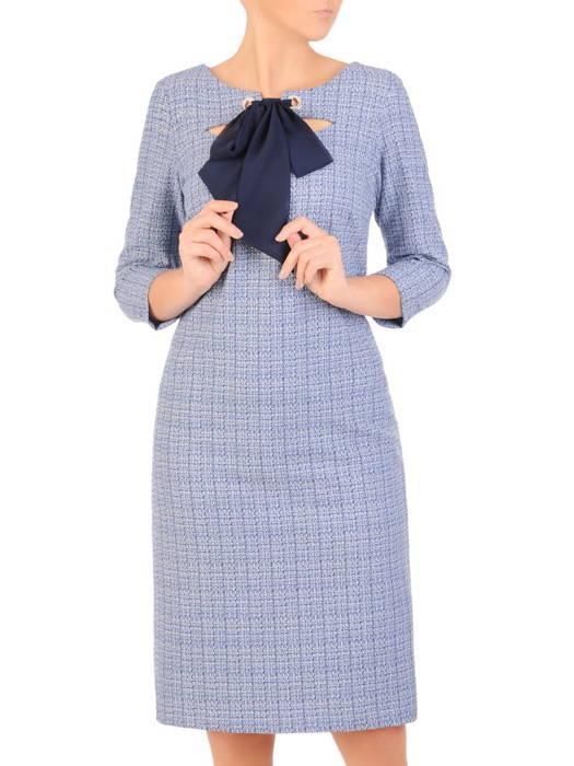 Prosta sukienka na jesień, kreacja z ozdobnym dekoltem 30692