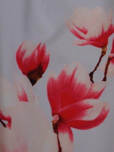 Prosta sukienka w elegancki, kwiatowy wzór 16707