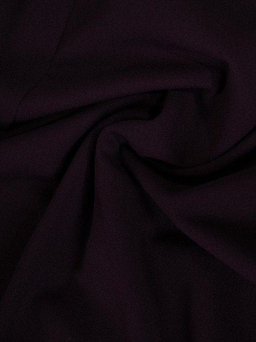 Prosta sukienka z dzianiny, kreacja z modną falbaną 22775