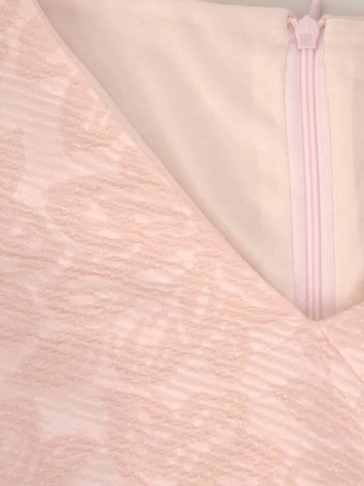 Pudrowa sukienka damska na wiosnę 28561