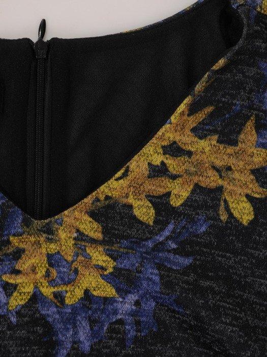 Sukienka damska 18057, jesienna kreacja z dzianiny.