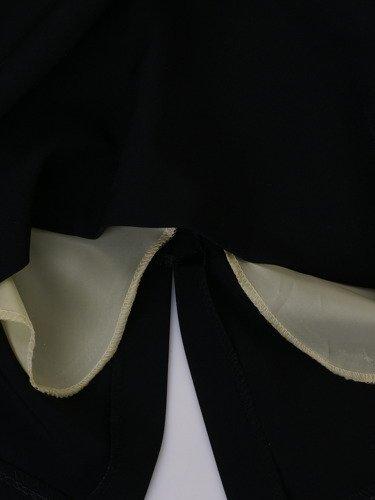 Sukienka damska Ewita VII, wyszczuplająca kreacja z tkaniny.