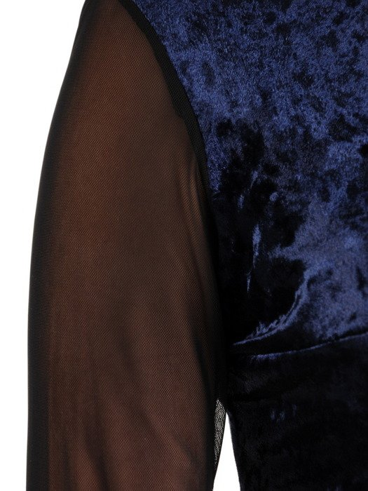 Sukienka damska Holi III, elegancka kreacja z aksamitu.