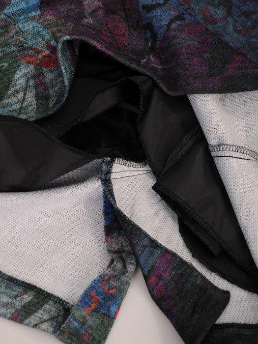 Sukienka damska Krystyna XXIII, wyszczuplająca kreacja z kominem.