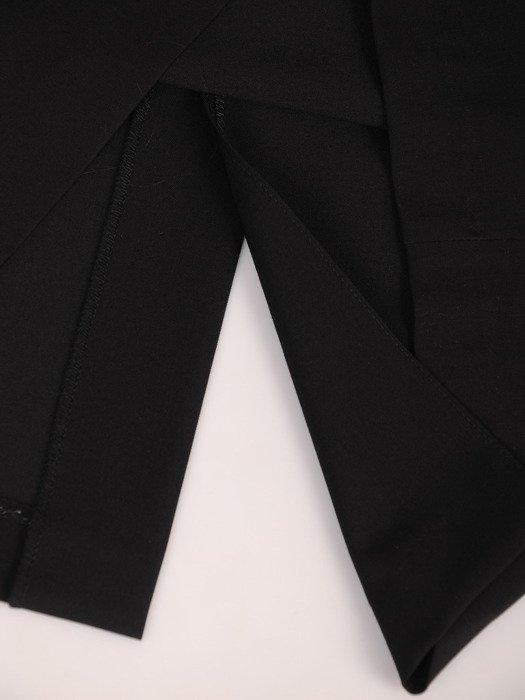 Sukienka damska Ludmiła I, wyszczuplająca kreacja z tkaniny.