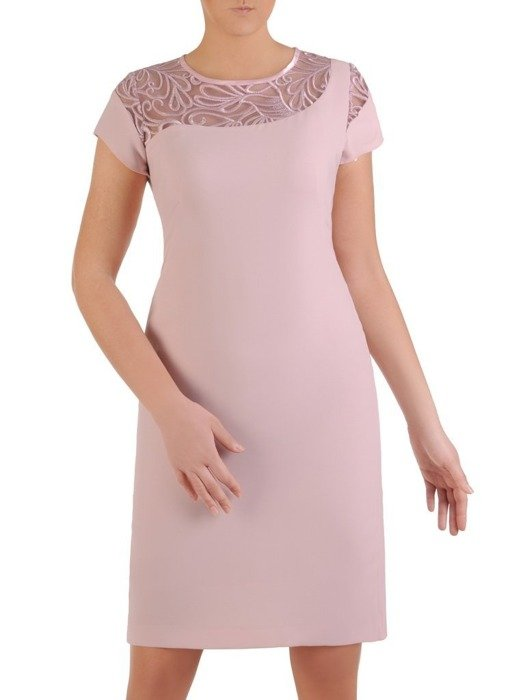 Sukienka koktajlowa, pudrowa kreacja z koronkową wstawką 25663
