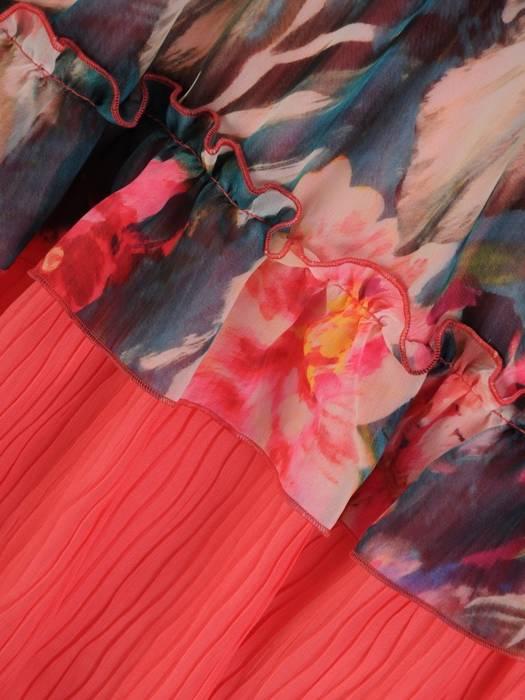 Sukienka koktajlowa, zwiewna kreacja z falbanami 26391