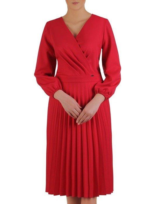 Sukienka kopertowa, czerwona kreacja z plisowanym dołem 25523