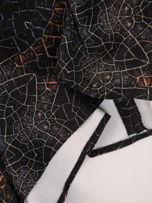 Sukienka kopertowa, rozkloszowana kreacja z paskiem 21863
