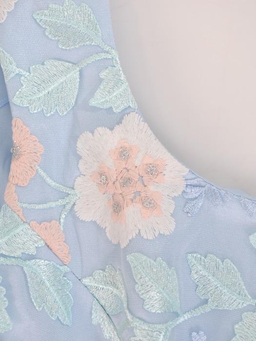 Sukienka na wesele Galina XXI, długa kreacja z koronki i szyfonu.