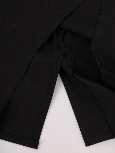 Sukienka na wesele Resina XXI, elegancka kreacja z tkaniny i koronki.