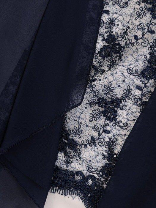 Sukienka na wesele, elegancka kreacja w wyszczuplającym fasonie 25545