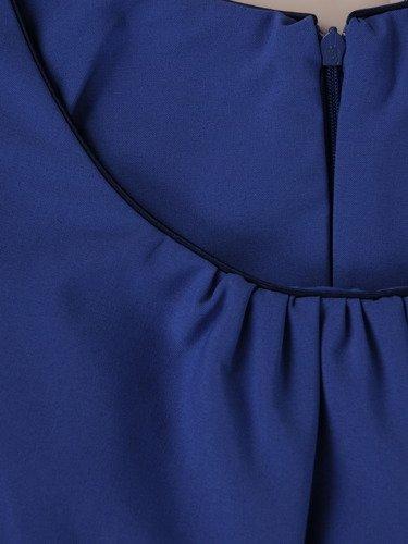 Sukienka trapezowa Kamila VII, rozkloszowana kreacja podkreślająca talię.