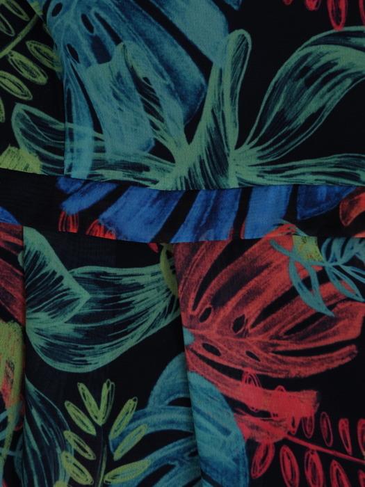 Sukienka w kwiaty, zwiewna kreacja z szyfonu 20960.