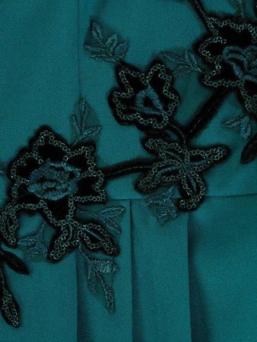 Sukienka wyjściowa, elegancka kreacja z baskinką 26810