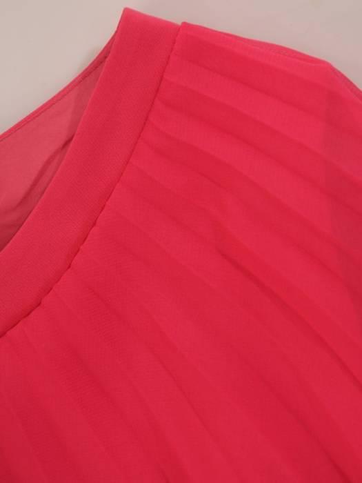 Sukienka wyjściowa, koralowa kreacja w nowoczesnym fasonie 26405