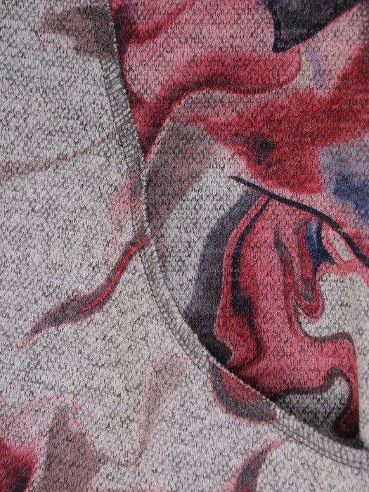 Sukienka z dzianiny Juanita VIII, jesienna kreacja w modnym wzorze.