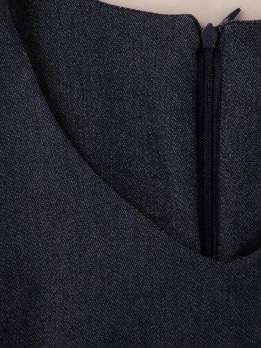 Sukienka z dżinsu Bona, damska kreacja w prostym fasonie.