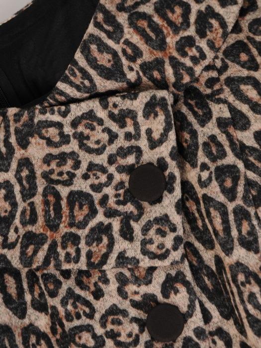 Sukienka z imitacją żakietu, prosta kreacja z ozdobnym kołnierzem 23356