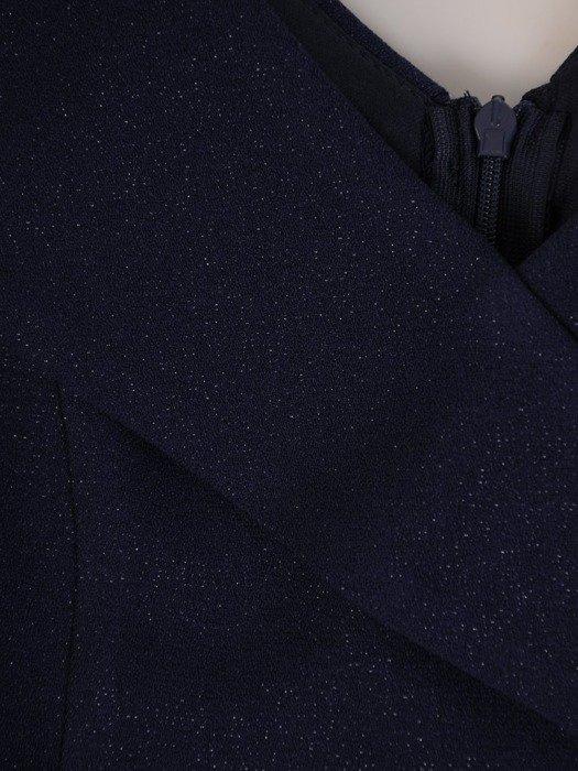 Sukienka z modnym kołnierzem, kreacja z szyfonowymi dołem 25342