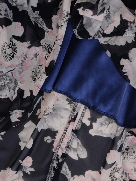 Sukienka z szyfonu, zwiewna kreacja w długości midi 21543.