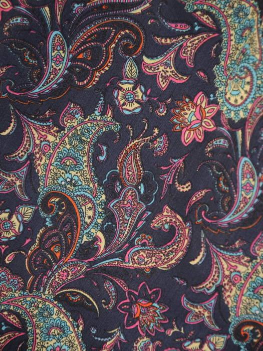 Szyfonowa sukienka z rozpinanym dekoltem i gumką w pasie 31073
