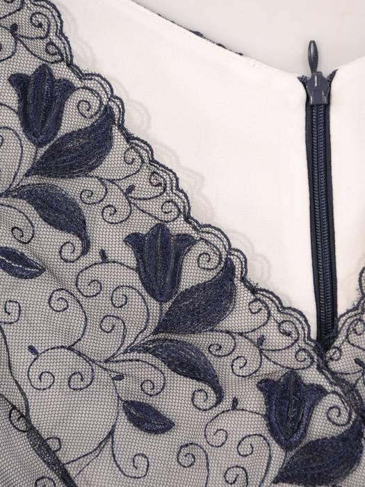 Wizytowa sukienka damska, granatowa kreacja z koronkową górą 28301