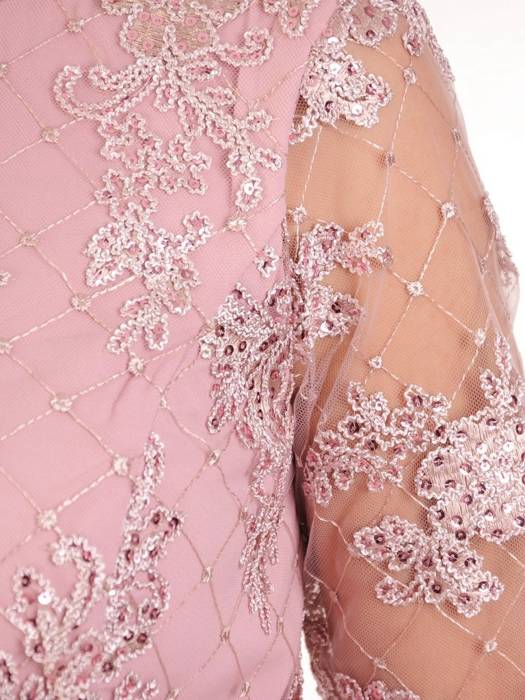 Wizytowa sukienka damska, pudrowa kreacja z tkaniny i koronki 29921