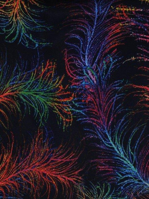 Wzorzysta sukienka z półgolfem, kreacja w modnych kolorach 25490
